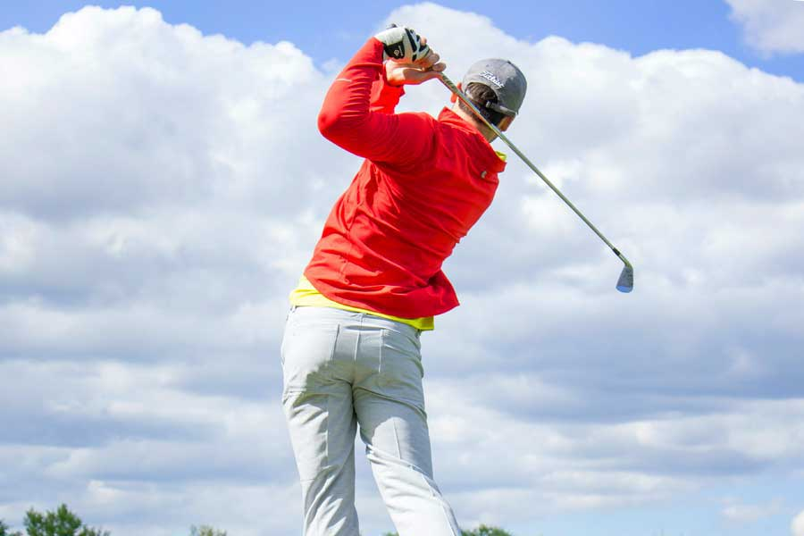 Talk to us about your golf knee injury