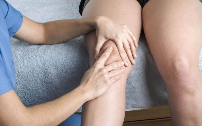 What is Patellar Clunk Syndrome?